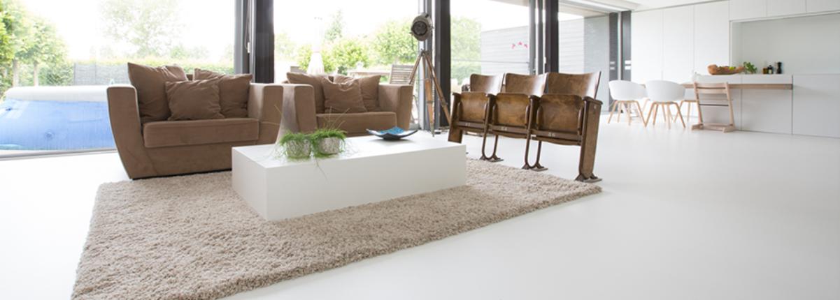 Kunststof vloeren voor uw woonkamer, slaapkamer, badkamer en keuken